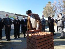 آیین خشتگذاری و بازسازی مدرسه دوازده کلاسه زنده یاد معصومه نجفعلی مازندرانی در روستای مهرآذین به مناسبت دهه مبارک فجر